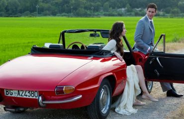 vintage alfa romeo wedidng car wedding couple tuscan countryside chic wedding