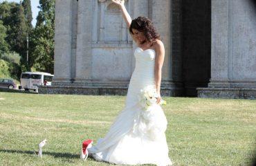 happybride ceremony just wed tuscany