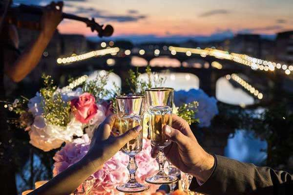 the best celebration in florence tuscany ponte vecchio I love you