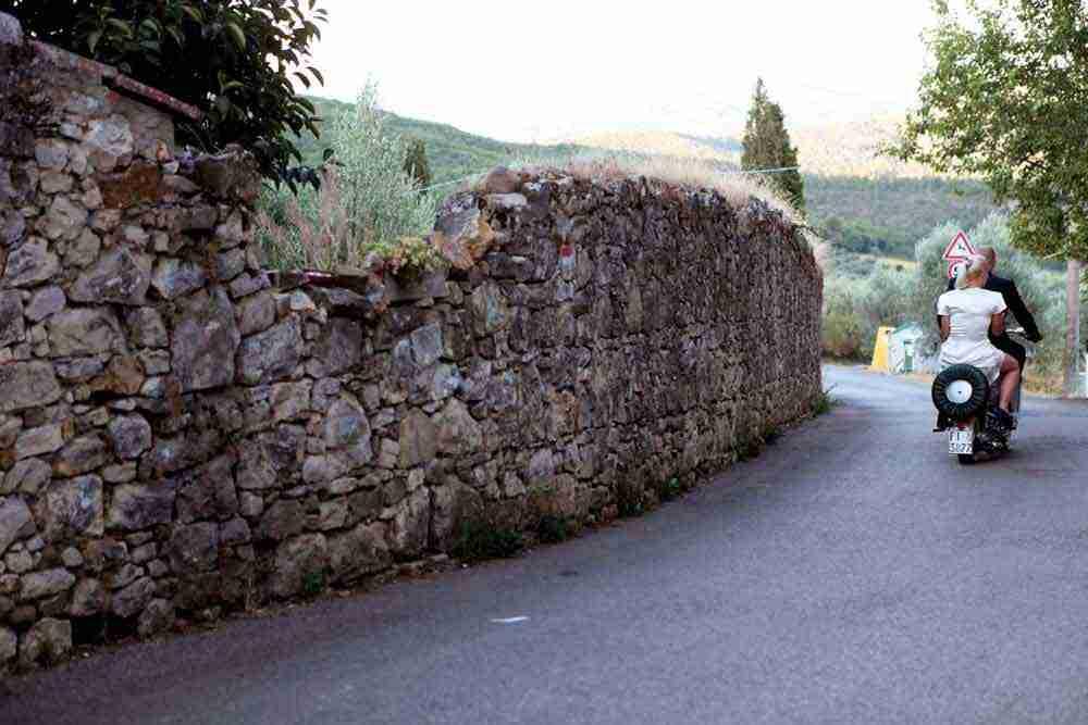 vintage lambretta vespa just married tuscany