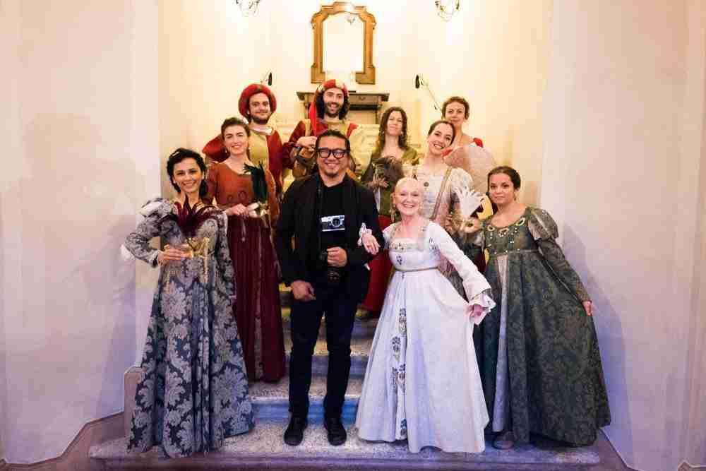 narrator to a renaissance story tuscan entertainment