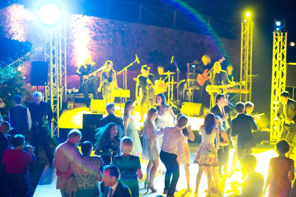 Party musical group wedding in tuscany