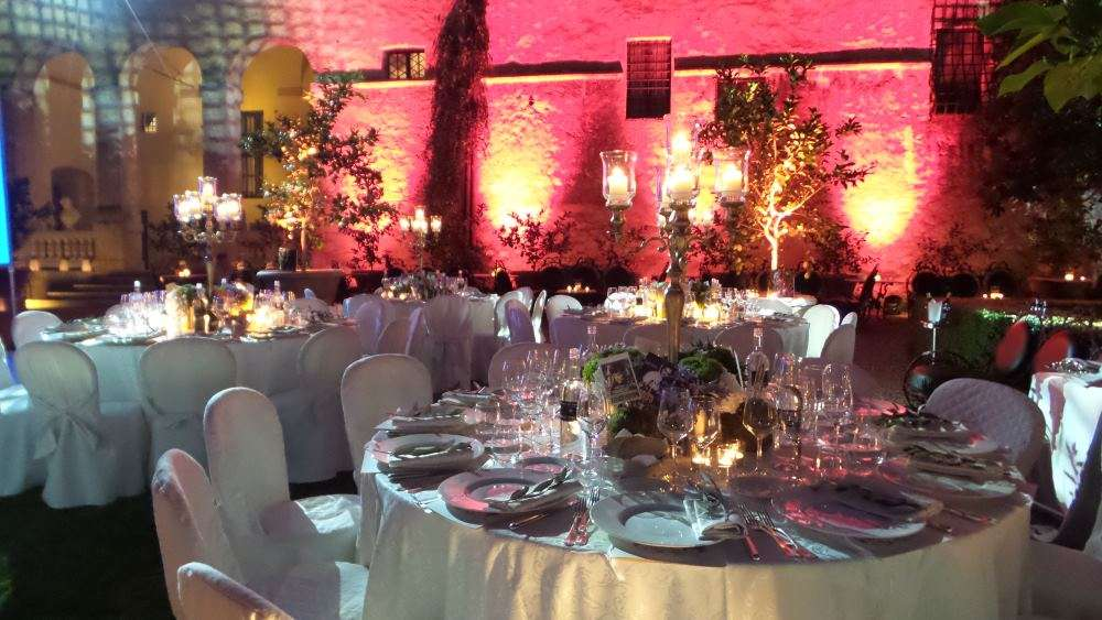 Tuscan Elegance event setting table design