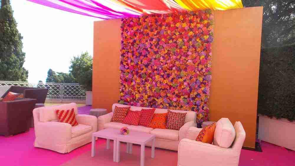 rose wall indian wedding capri
