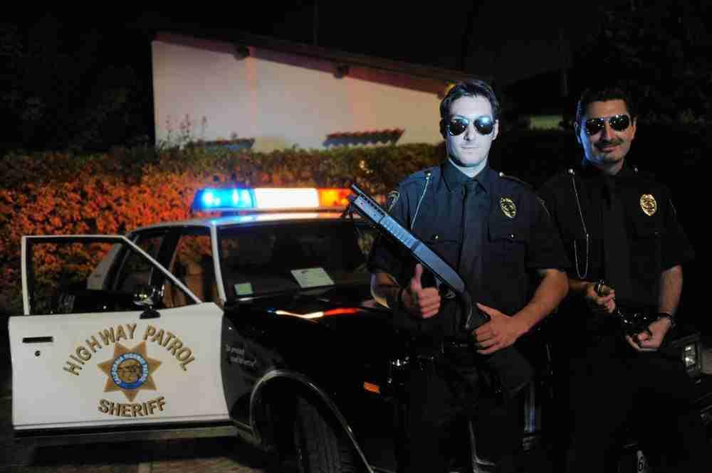 theme party american cops entertainment